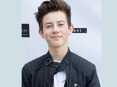 Griffin Gluck Bio, Age, Height, Movies, TV Shows, Net Worth, Girlfriend