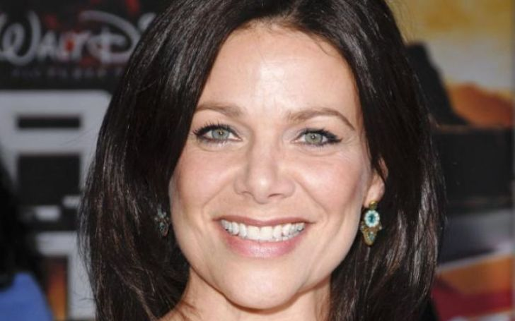 Meredith Salenger Bio, Age, Height, Net Worth, Parents, Married, Spouse