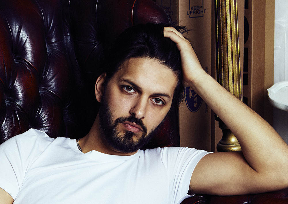 Shazad Latif Age, Height, Married, Girlfriend, Weight, Net Worth
