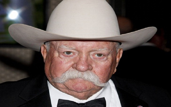 Wilford Brimley, Bio, Age, Wiki, Net Worth, Movies, Shows, Married, Wife, Relationship, Body Measurements