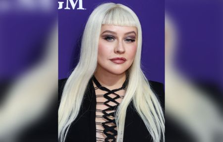 Christina Aguilera Is unrecognizable during her Addams Family red carpet appearance