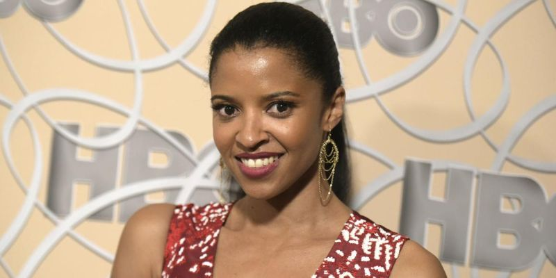 Seven Facts About Grammy Winner Renée Elise Goldsberry: Her Career, Married Life, & Net Worth