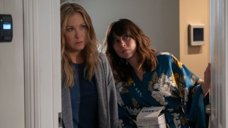 Christina Applegate with Linda Cardellini in Dead to Me
