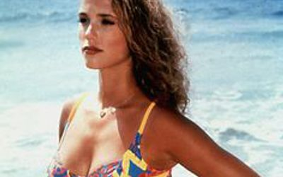 Elizabeth Berkley Wiki, Bio, Age, Height, Body Measurements, Husband, Net Worth
